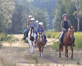 Horse Riding at Oaks Ranch and Country Club - Winery Find