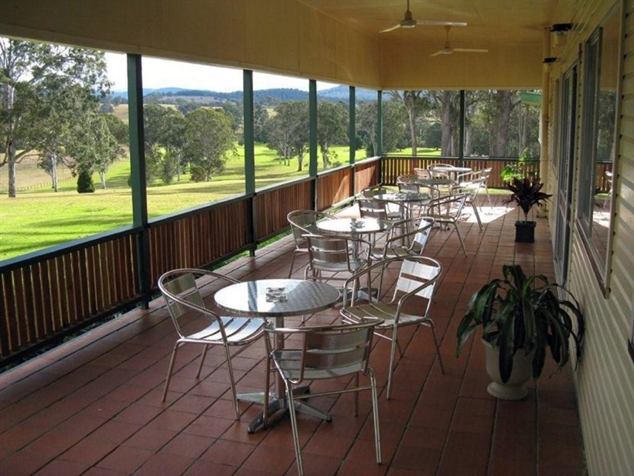 Woodenbong and District Golf Club - Winery Find