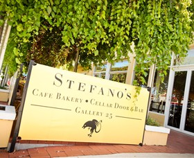 Stefano's Cafe Bakery