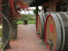 Wine Lovers Tours - Winery Find