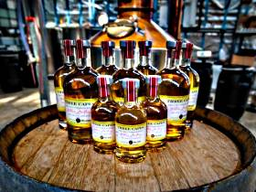 William McHenry and Sons Distillery - Winery Find