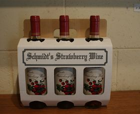 Schmidts Strawberry Winery - Winery Find